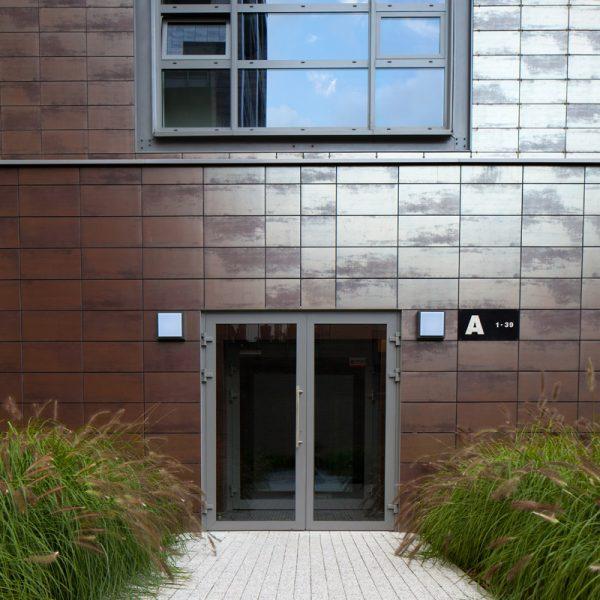 wejście do budynku kostka granit